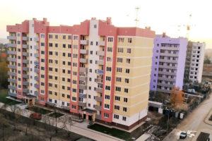 Фасады улицы Перспективной 11